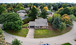 26 Orkney Crescent, Toronto, ON, M9A 2T5