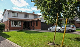 2540 Cliff Road, Mississauga, ON, L5A 2P4