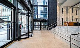2116-488 University Avenue, Toronto, ON, M5G 0C1