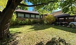 31 Sanderling Place, Toronto, ON, M3C 2J2
