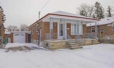 17 Crosland Drive, Toronto, ON, M1R 4M6