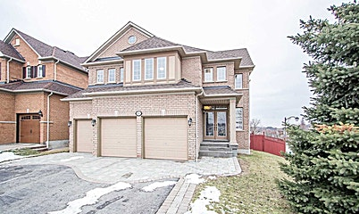 50 Splendor Drive, Whitby, ON