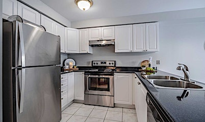 31 Regatta Crescent, Whitby, ON, L1N 9V2