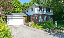 6 Prince Hal Crescent, Toronto, ON, M1T 2V8