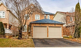124 Bassett Boulevard, Whitby, ON, L1N 8X5