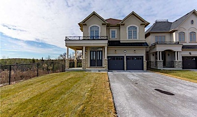 132 Chaiwood Court, Vaughan, ON, L6A 0Z9
