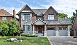 8 Golf Crest Road, Toronto, ON, M9A 1L3