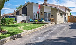 128 St Lucie Drive, Toronto, ON, M9M 1T3