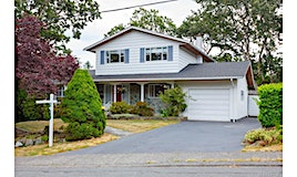 3564 Redwood Avenue, Oak Bay, BC, V8P 4Z7