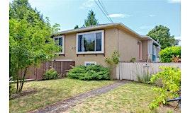 2546 Garden, Victoria, BC, V9E 2C6
