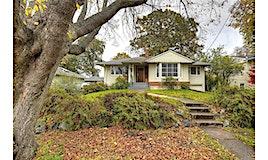 2274 Cranmore Road, Oak Bay, BC, V8R 1Z3