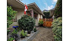 3-9883 Fifth Street, Sidney, BC, V8L 2X5