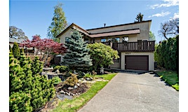 4427 Valmont Place, Saanich, BC, V8N 5R6