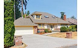 4388 Parkwood Terrace, Saanich, BC, V8X 5B6