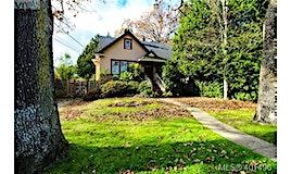 1428 Oliver Street, Oak Bay, BC, V8S 4X2