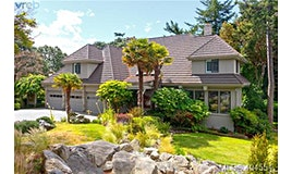 3960 Wedgepoint Terrace, Saanich, BC, V8N 5W8