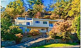 4612 Cliffwood Place, Saanich, BC, V8Y 1B5