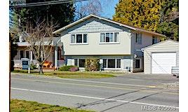 770 Claremont Avenue, Saanich, BC, V8Y 1K1