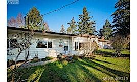860 Parklands Drive, Esquimalt, BC, V9A 4L5