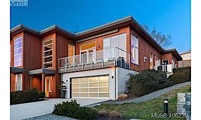4029 Rainbow Hill Lane, Saanich, BC, V8X 0A6