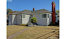 2420 Bowker Avenue, Oak Bay, BC, V8R 2G1