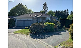786 Del Monte Place, Saanich, BC, V8Y 2W3