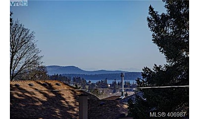 6396 Sunnyslope Drive, Central Saanich, BC, V8Z 5Y4