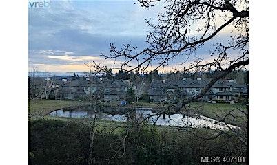 26-520 Marsett Place, Saanich, BC, V8Z 7J1