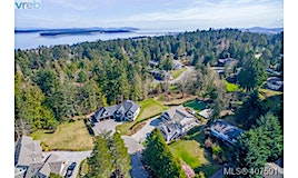 1957 Llewellyn Place, North Saanich, BC, V8L 1G5
