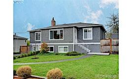 1216 Pearce Crescent, Saanich, BC, V8X 3S9