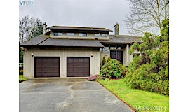 2041 Skyline Crescent, Central Saanich, BC, V8M 1M6