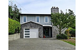 12 Price Road, View Royal, BC, V9B 1V5