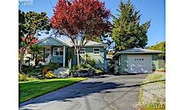 1808 San Pedro Avenue, Saanich, BC, V8N 2G4