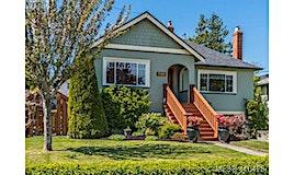 590 Monterey Avenue, Oak Bay, BC, V8S 4T9