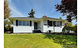 2126 Sandowne Road, Oak Bay, BC, V8R 3J3