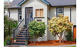 2222 Bowker Avenue, Oak Bay, BC, V8R 2E4