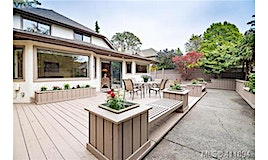 2317 Windsor Road, Oak Bay, BC, V8S 3E4
