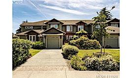2427 Henry Avenue, Sidney, BC, V8L 2E2