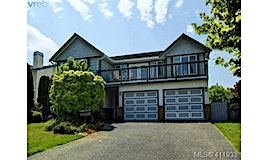 2567 Wilcox Terrace, Central Saanich, BC, V8Z 7G5