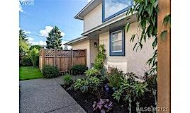 2-10001 Fifth Street, Sidney, BC, V8L 2X8