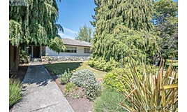 3230 Henderson Road, Oak Bay, BC, V8P 5A4