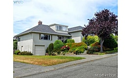 3034 Larkdowne Road, Oak Bay, BC, V8R 5N3