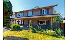 1825 Fairhurst Avenue, Saanich, BC, V8N 1P5