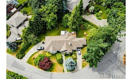 1547 Dean Park Road, North Saanich, BC, V8L 5E5