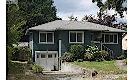 3020 Colquitz Avenue, Saanich, BC, V9A 2M3