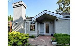 9-3969 Cedar Hill Cross Road, Saanich, BC, V8P 2N6