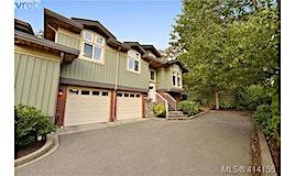 2-3955 Oakwinds Street, Saanich, BC, V8N 3B4