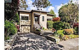 2130 Hall Road, Oak Bay, BC, V8S 2P3