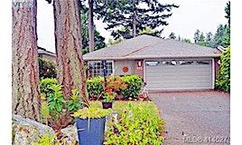 992 Scottswood Close, Saanich, BC, V8Y 2V1