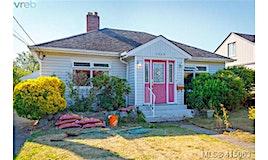 1549 Clawthorpe Avenue, Victoria, BC, V8T 2R6